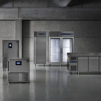 Tables et armoires réfrigérées